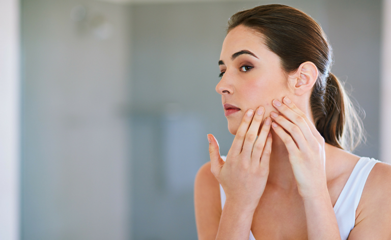 how to treat acne scars in manchester
